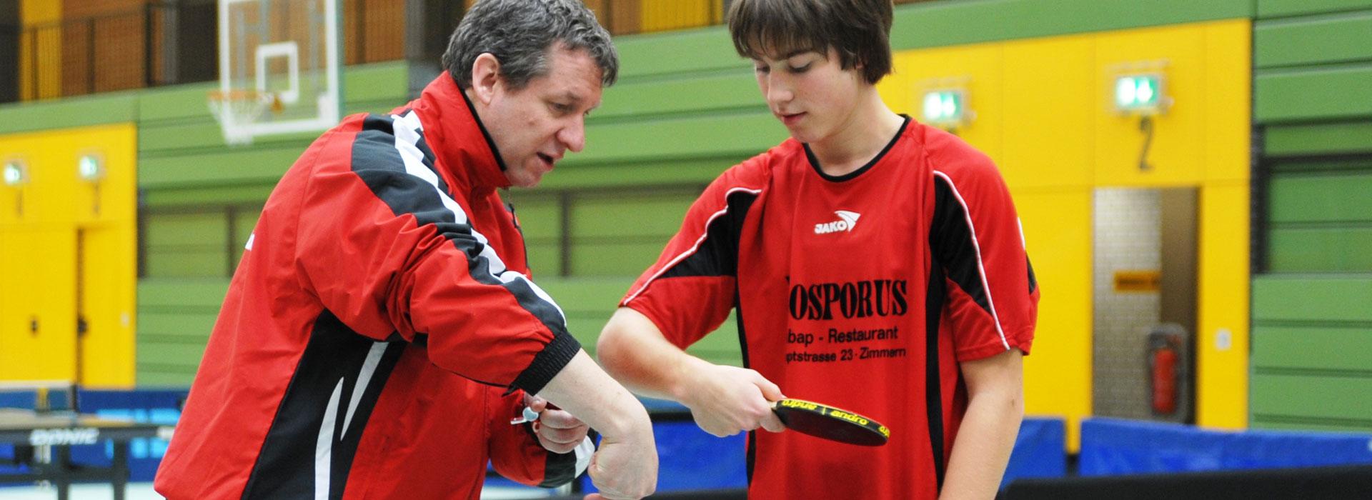 Professionelle Tischtennis-Trainer mit Arbeitsniveau A Lizenz / Diplomtrainer. Hier stellen wir Ihnen unser aktuelles Team vor.